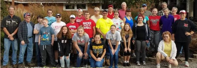 Leo Club students helping out on World Service Day Oct. 7, 2017